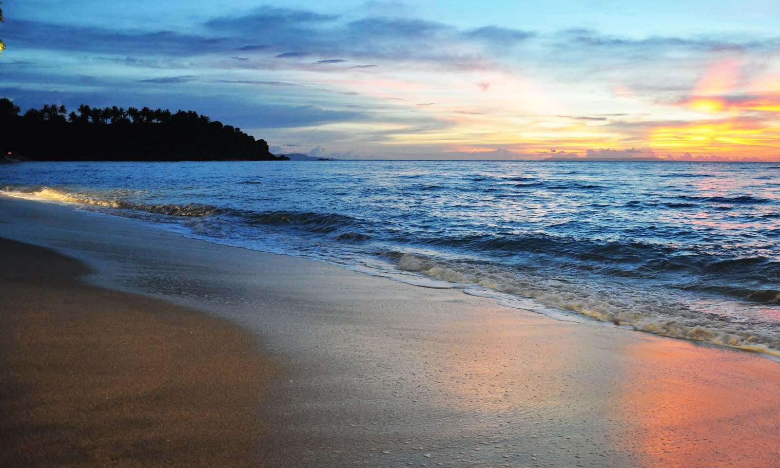 Lombok Indonesia  city photos gallery : Senggigi Beach Lombok Indonesia 2