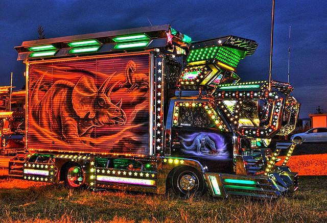 truk dekotora